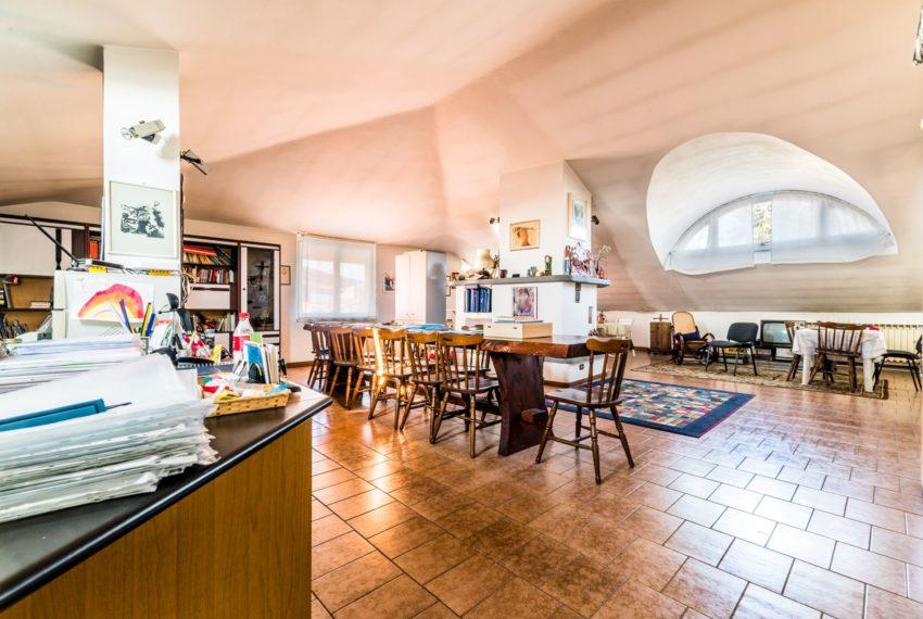 Loft pedrengo villa M008