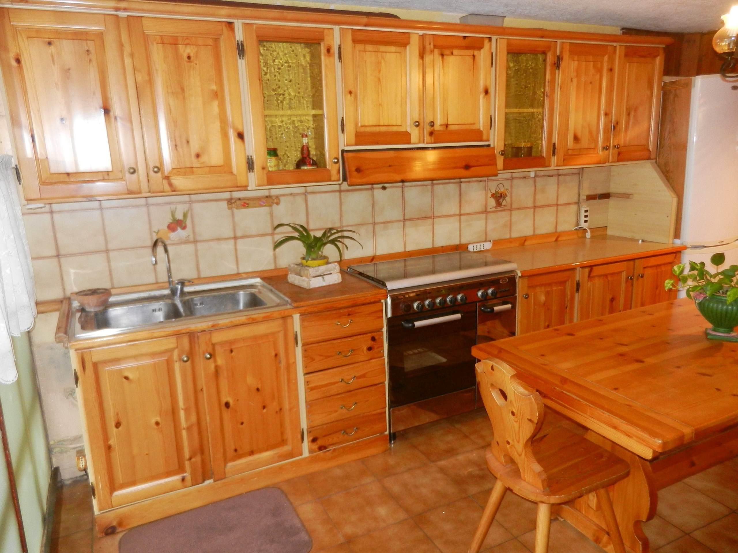 cucina in taverna F007 - A+immobiliare Agenzia immobiliare Nembro