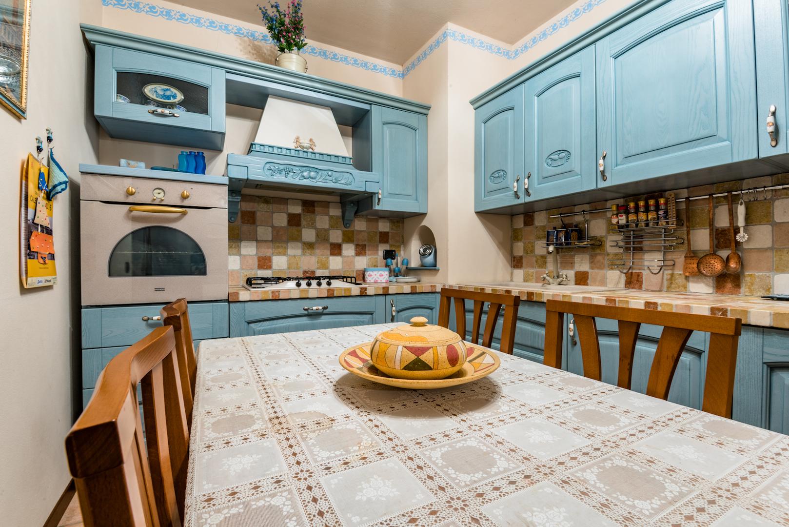 Cucina taverna M014 - A+immobiliare Agenzia immobiliare Nembro