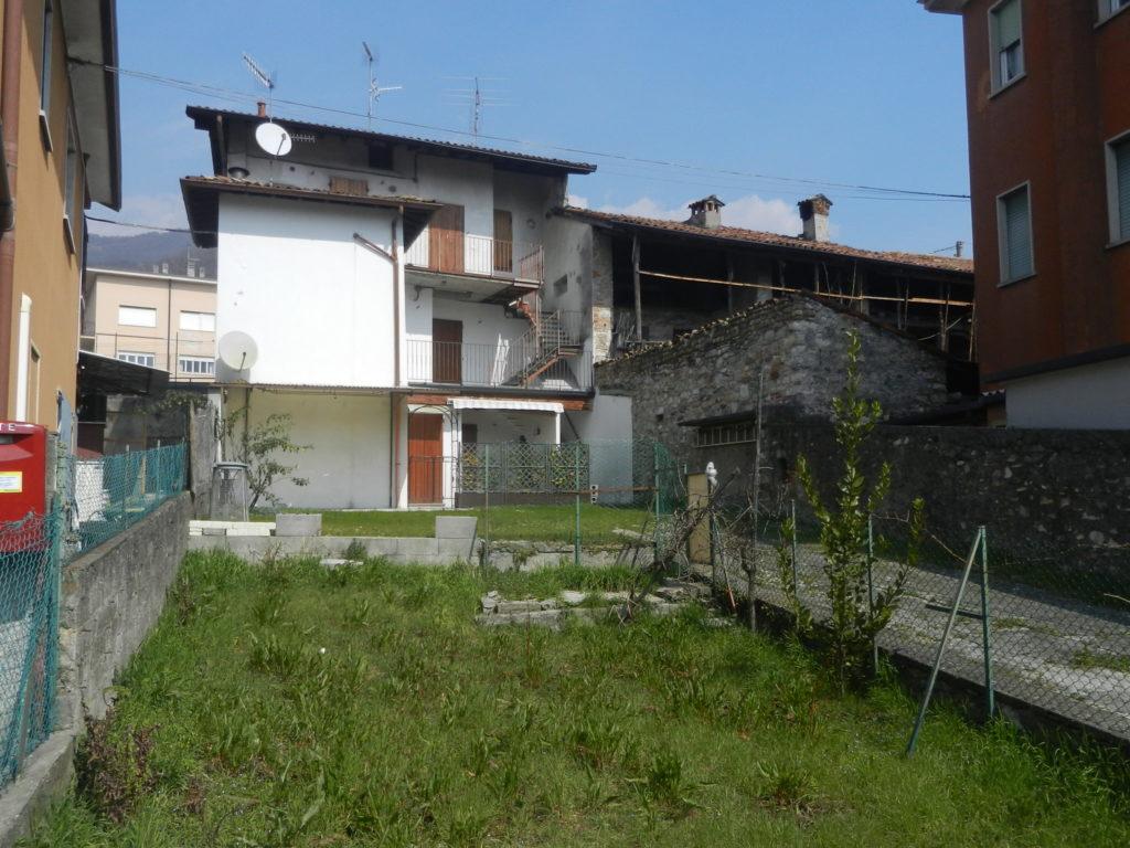 Casa indipendente in vendita a nembro con area esterna a - Valutazione immobile casa it ...