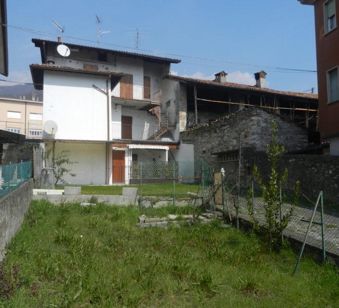esterno casa Nembro