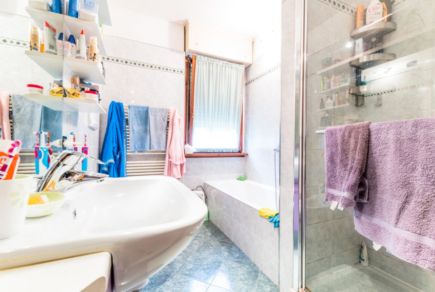bagno trilocale A046
