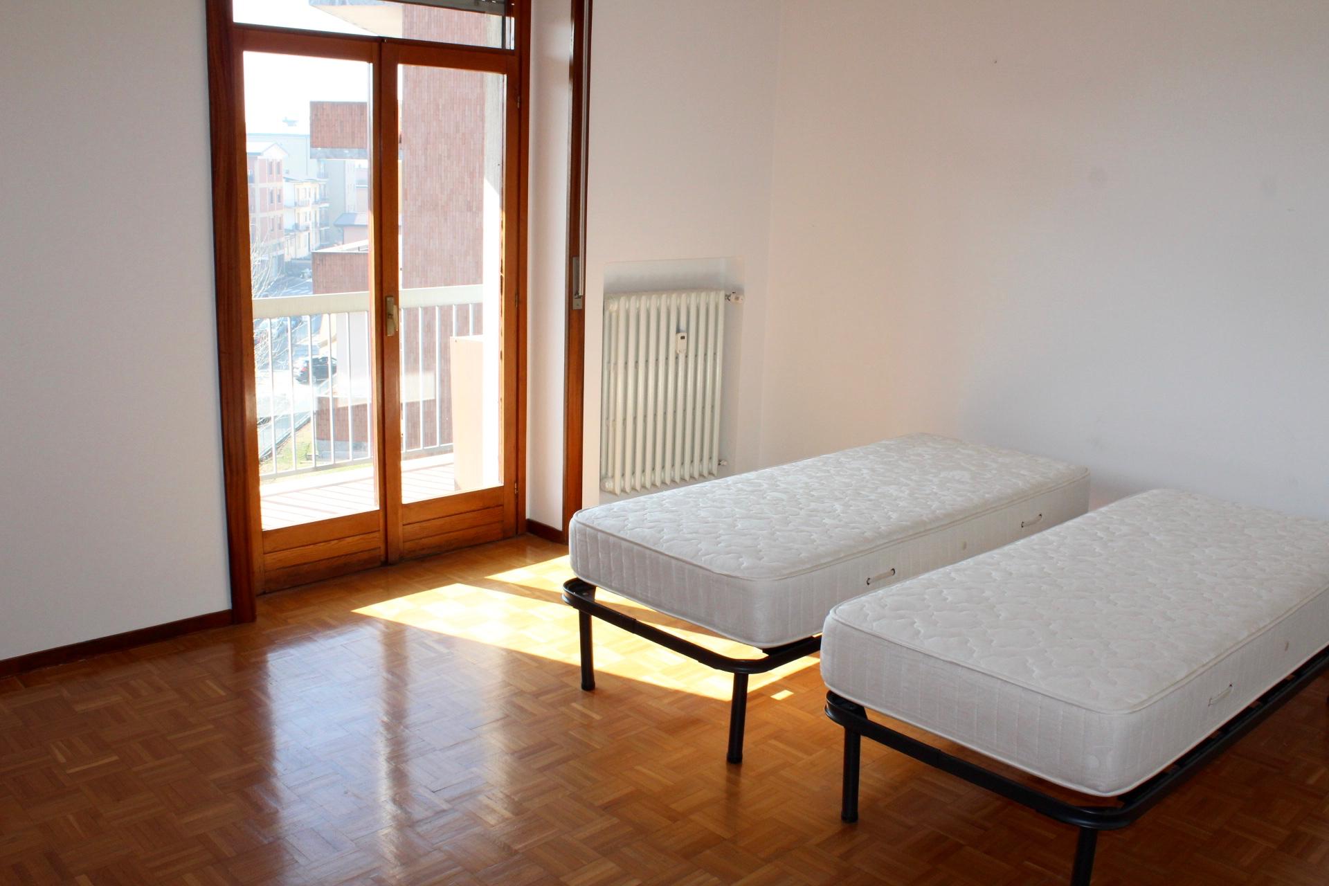 appartamenti bergamo ampio bilocale con cucina abitabile
