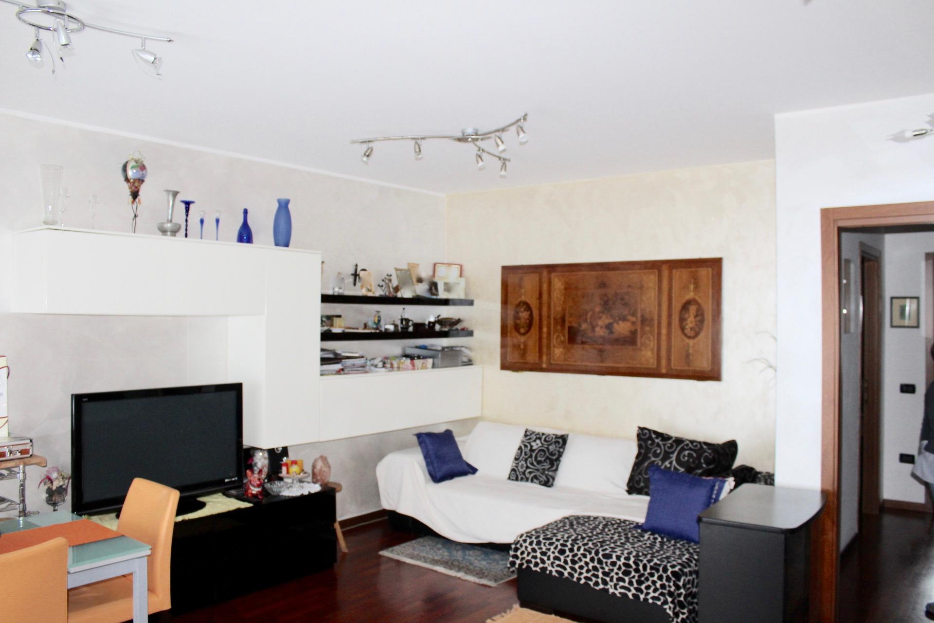 appartamenti bergamo trilocale con box e cantina a