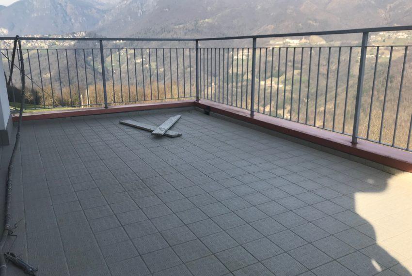 terrazza appartamento Selvino