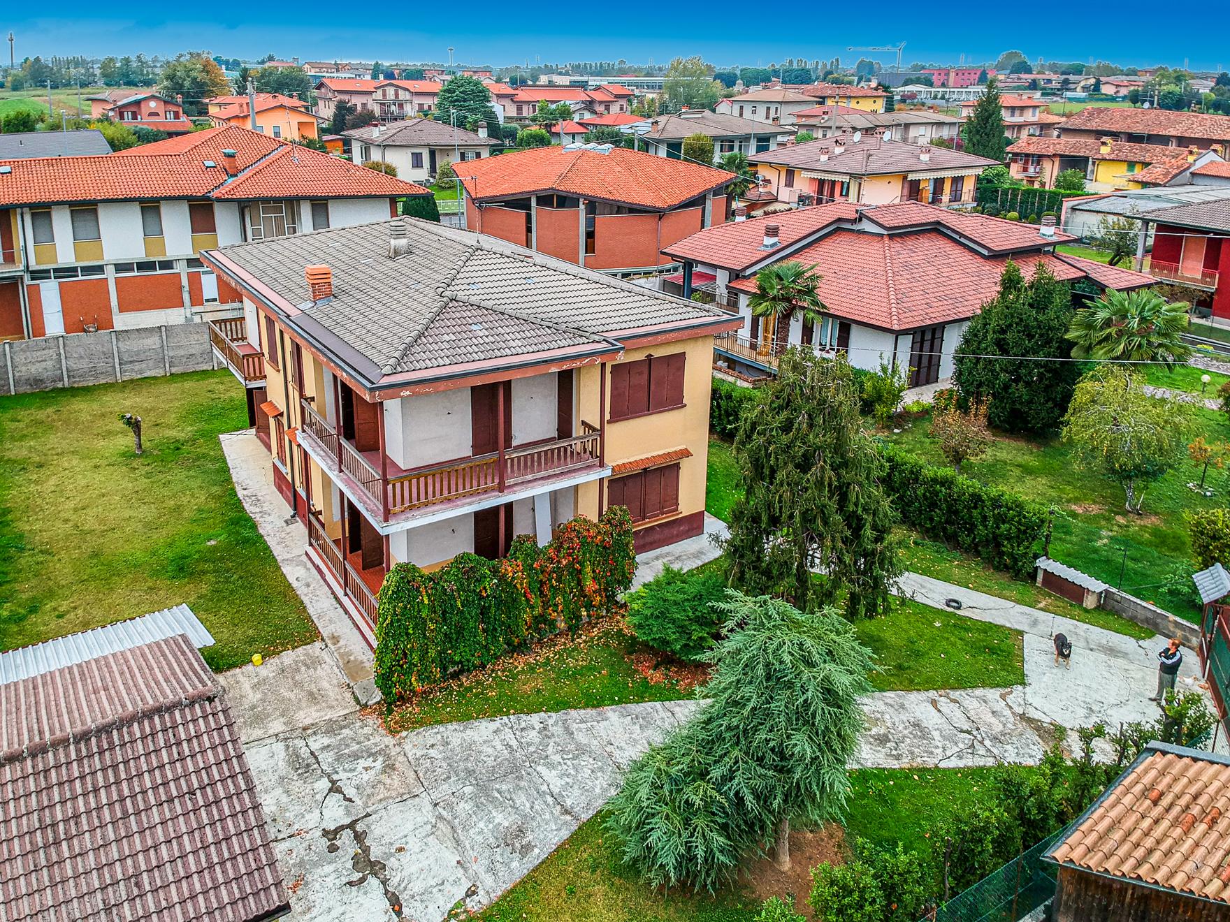 villa bifamiliare in vendita a brignano