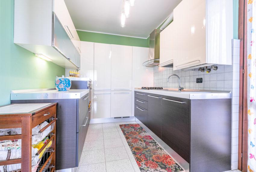 Cucina su misura M063