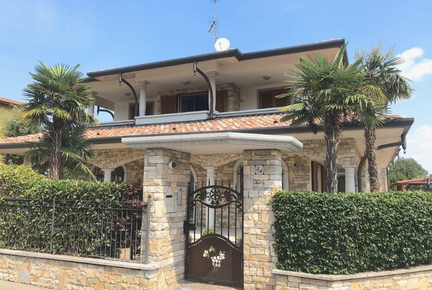 Villa bifamiliare in vendita a Boltiere